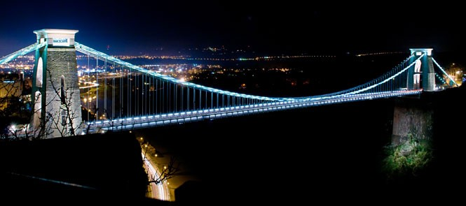 Cklifton Suspension Bridge at night